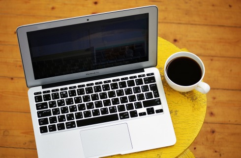 laptop-1367299_1920